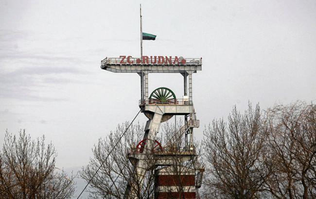 """Фото: после землетрясения на шахте """"Рудна"""" спасательные работы велись без перерыва"""