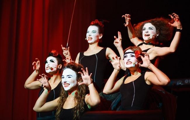 Фото: Коллектив Dakh Daughters выступит сразу в нескольких постановках Влада Троицкого (galka.if.ua)