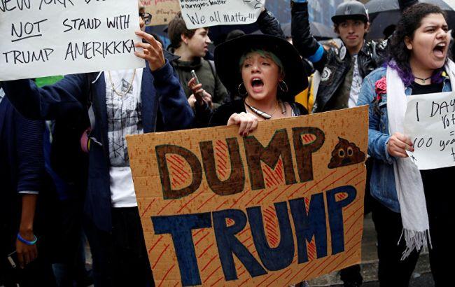 Фото: митинг в США