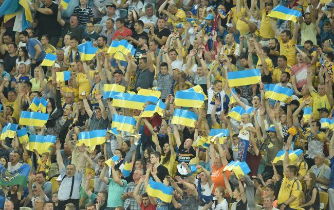 УАФ попросила дозволити уболівальникам відвідувати футбольні матчі