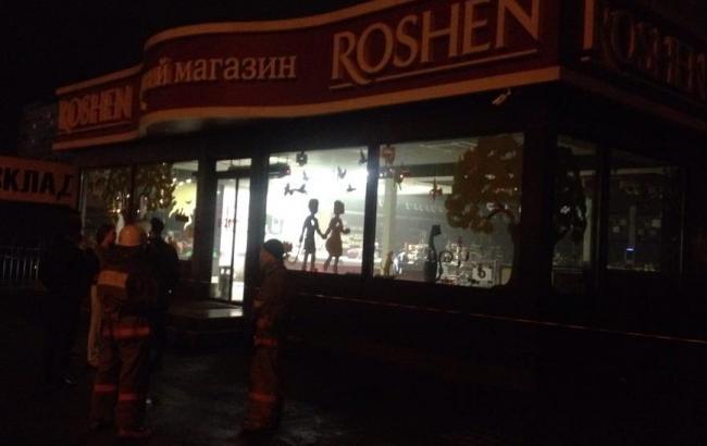 Фото: взорванный магазин Roshen на Оболони