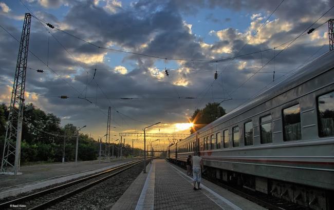 Фото: на станції в Харківській області помер чоловік