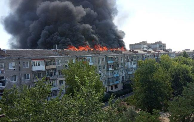 В Новой Каховке горит многоэтажка