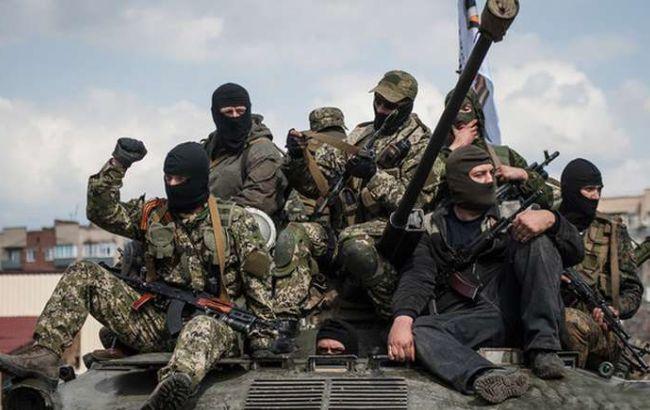 Боевики с утра обстреляли Майорск, ранены две женщины, - штаб АТО