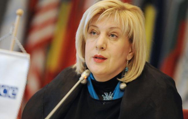 ОБСЄ закликає захистити право Шустера на роботу в Україні