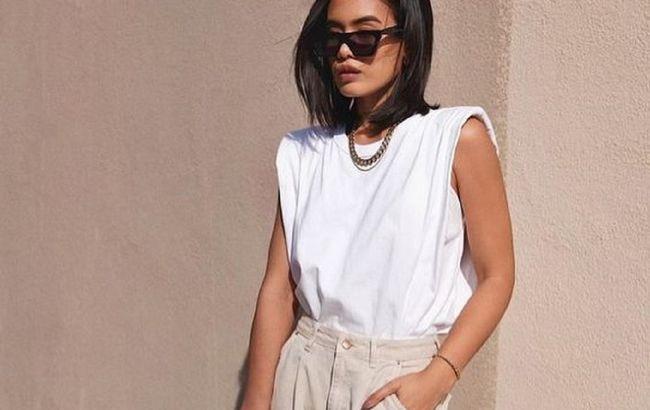 Назад в 90-е: стилист рассказала, как носить один из главных трендов лета 2020