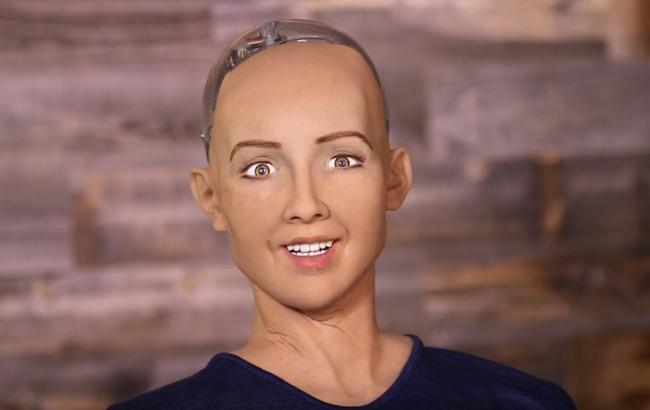"""""""Был бы хорошим президентом"""": робот София рассказала, кто лучше всего возглавил бы Украину"""
