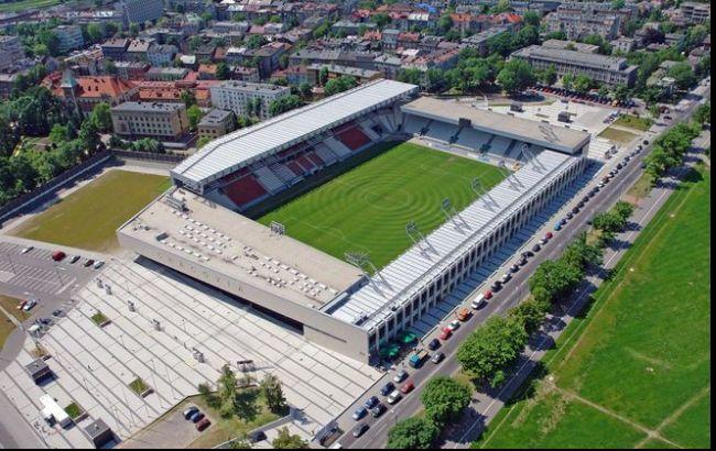 """Фото: польський стадіон """"Краковія"""""""