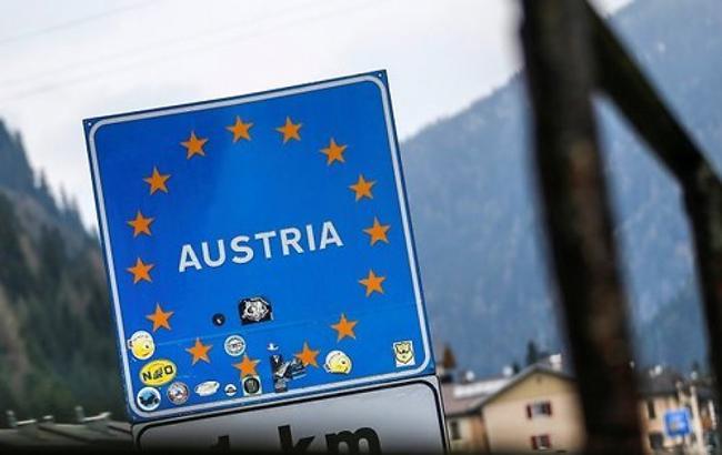 Германия на полгода продлила контроль на границе с Австрией