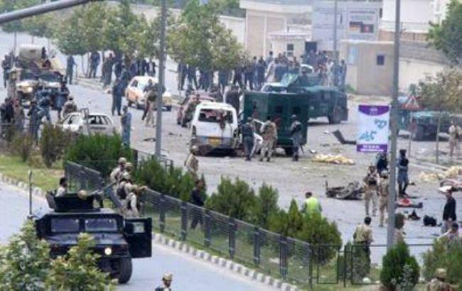 Фото: нападение на здание парламента в Афганистане