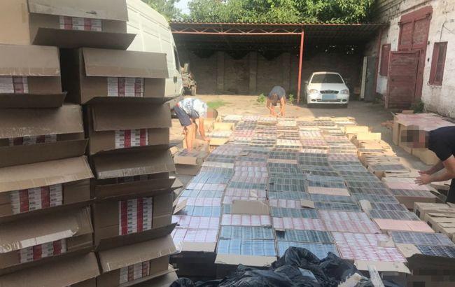 СБУ разоблачило табачную контрабанду из оккупированного Донбасса на 3 млн гривен