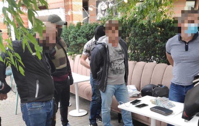 Взятка за возврат арестованного имущества: в Киеве будут судить экс-нардепа