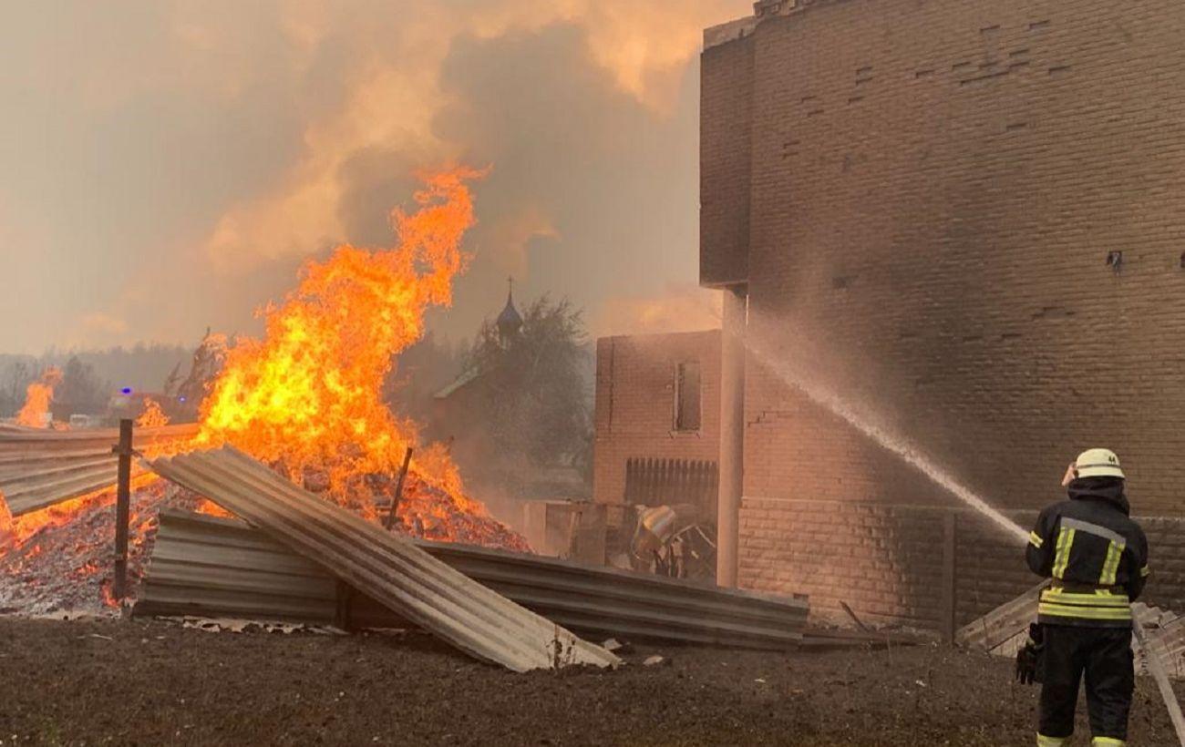 Пострадавший из-за пожара в Луганской области умер, в больнице 17 детей