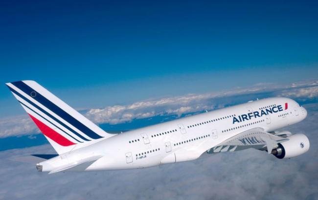 Самолет Air France вынужденно вернулся в Париж из-за недопуска на вход в воздушное пространство РФ