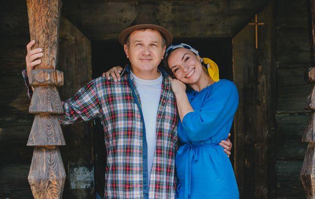 Катя Осадчая отреагировала на страстные поцелуи Горбунова и Мейхер
