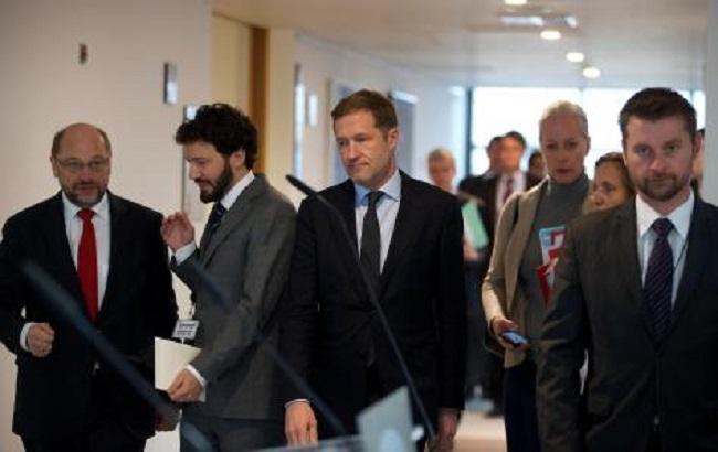 Фото: европарламентарии