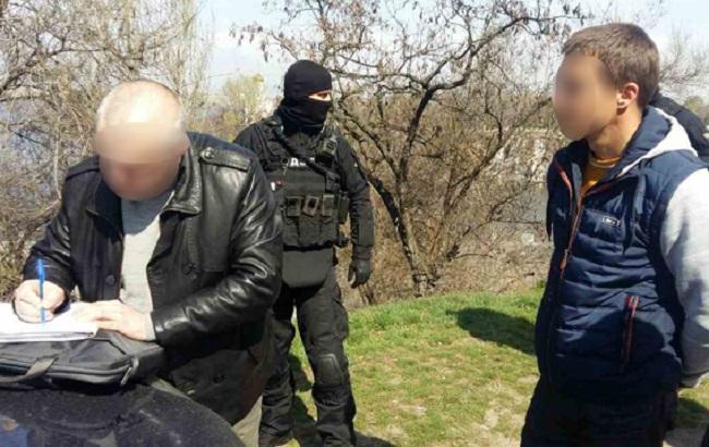 Фото: задержание полицейских в Днепропетровской области