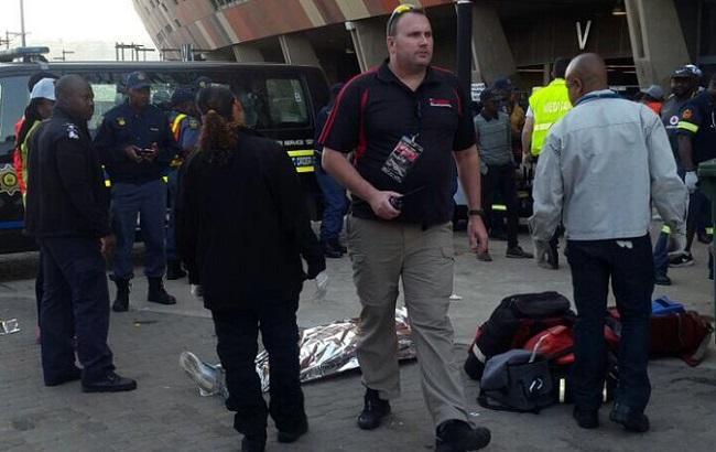 ВЮАР в итоге давки настадионе погибли два человека