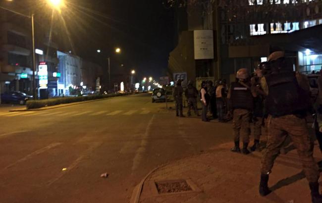 В результаті нападу бойовиків на готель в Буркіна-Фасо загинули 20 людей