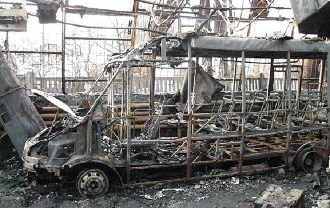 Фото: сгоревший автобус