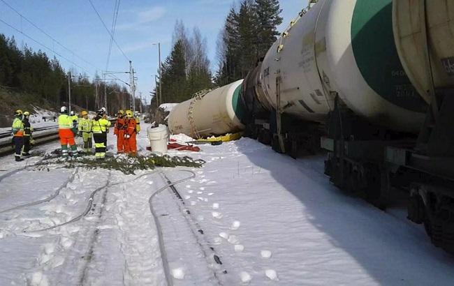 В Финляндии произошла утечка 50 тыс. л токсичных химикатов с российской цистерны