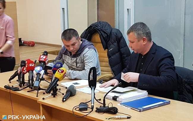Суд відсторонив від посади поліцейського, який бив активістів