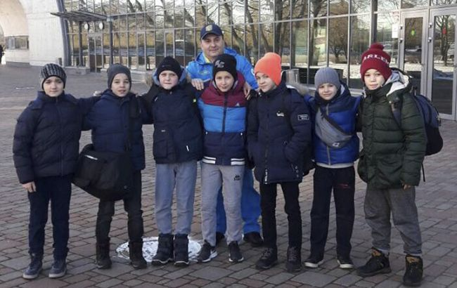Семь участников - семь медалей: юные украинские самбисты триумфовали в Европе