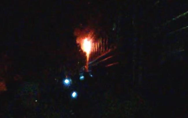 Фото: пожежа виникла вночі