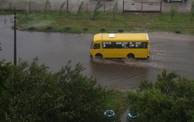 Фото: Черкаси затопило через дводенну зливу