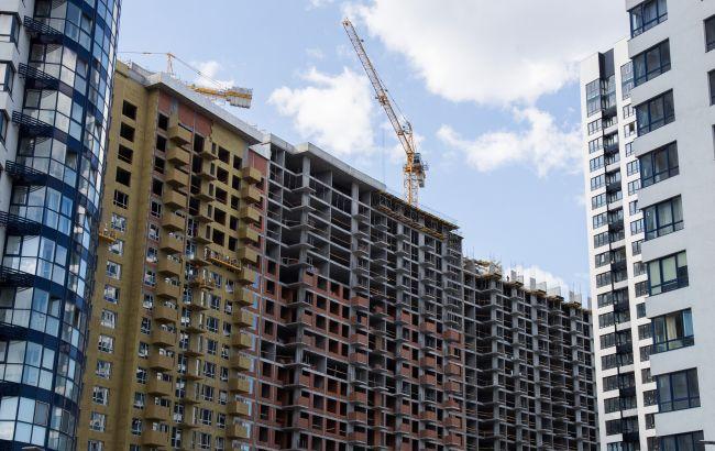 Строительство жилья в Украине в кризис сократилось почти на 20%