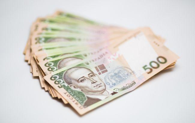 Карантинні 8 тисяч гривень отримають понад мільйон ФОПів та найманих працівників