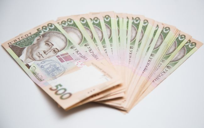Компенсации пенсионерам старше 75 лет по 400 гривен отложили на конец года