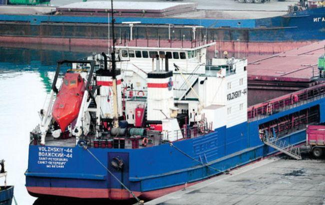 Фото: российский корабль в Турции
