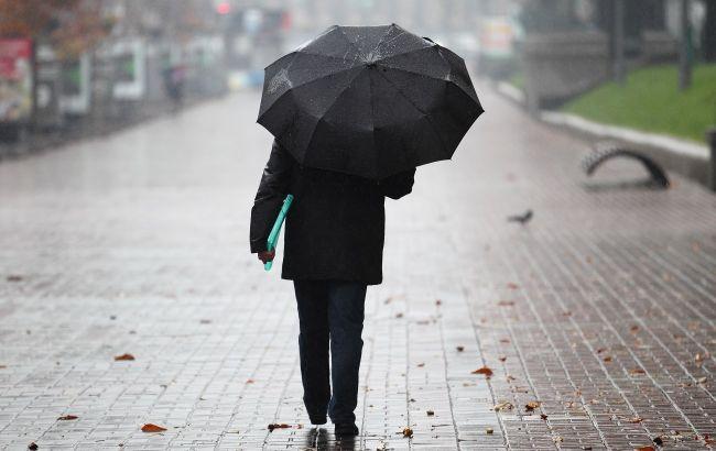 Похолодає і піде дрібний дощ: синоптики оновили найближчий прогноз