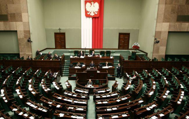 Польський сенат вимагає визнати волинську різанину геноцидом
