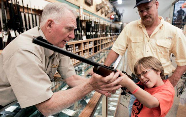 Фото: магазин оружия в США