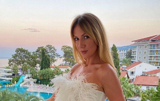 Дельфинчик в бикини: Леся Никитюк показала, как проводит время в Турции (видео)