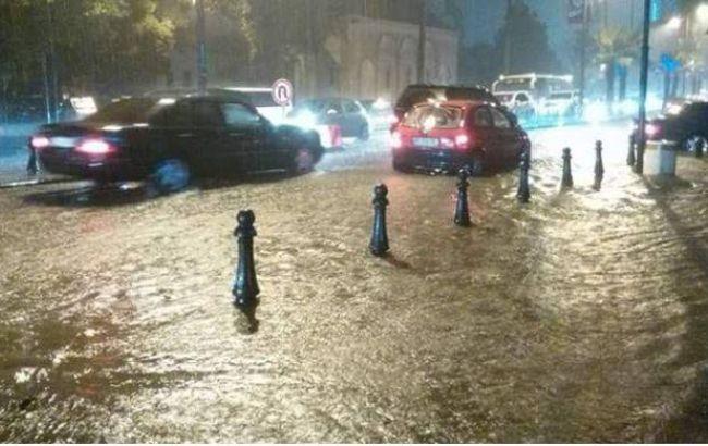 Фото: Батумі затопило через сильні дощі