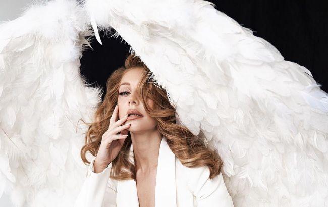 """Музична сповідь: Тіна Кароль випустила альбом і кліп-трилогію """"Знайти своїх"""""""