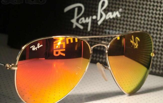 Французская компания покупаетпроизводителя очков Ray-Ban за 24 млрд долларов