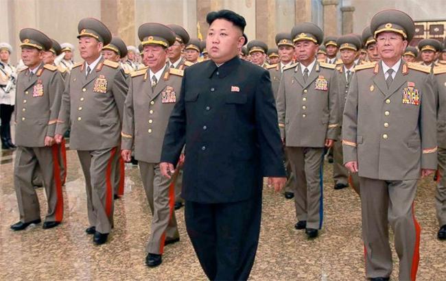 КНДР пригрозила сбивать бомбардировщики США вмеждународном пространстве