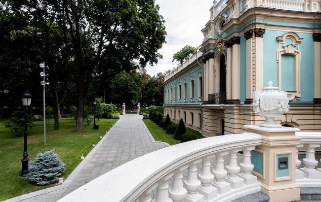 Небывалый ажиотаж: экскурсии в уникальный дворец в Киеве бронируют за несколько месяцев