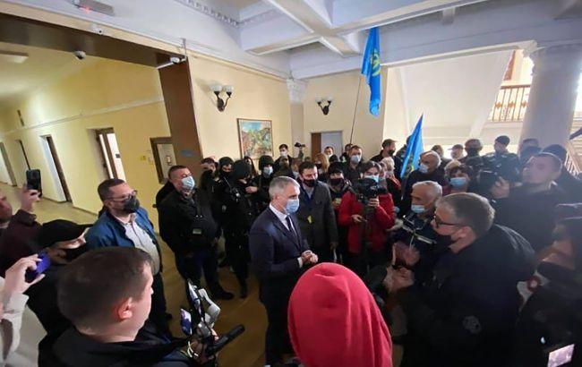 В Николаеве бизнес протестует против карантина. Митингующие ворвались в горсовет