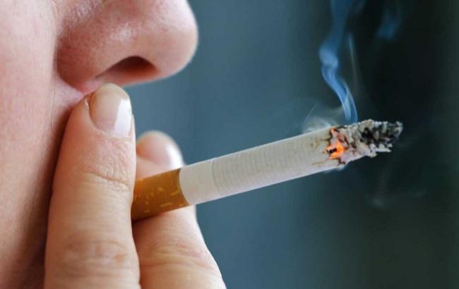 Фото: Куріння (linzopedia.ru)