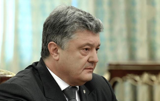 Порошенко підписав закон про підтримку суднобудування в Україні