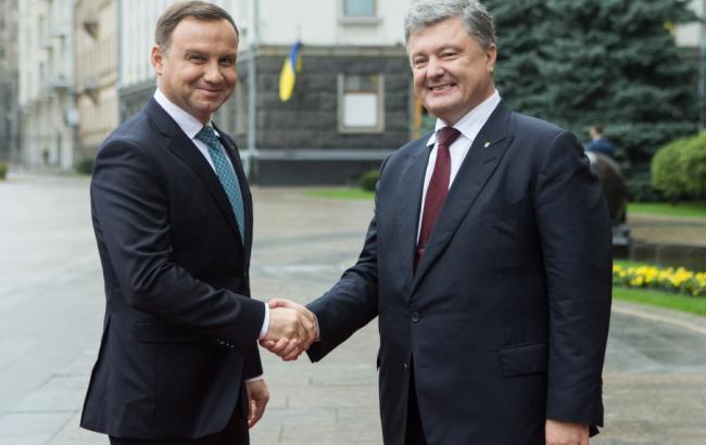 Фото: Петро Порошенко проводить зустріч з Аджеєм Дудою