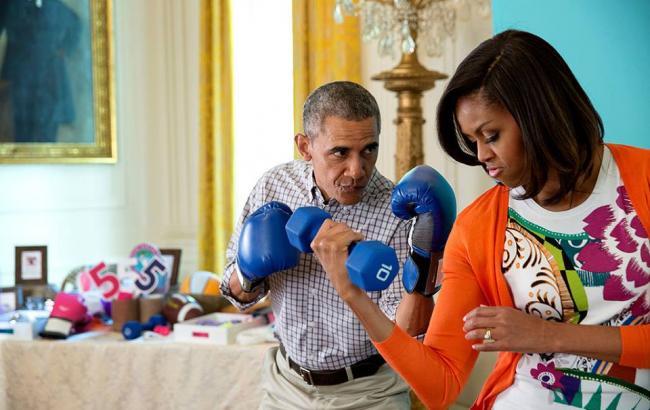Фото: Барак и Мишель Обамы (facebook.com/barackobama)