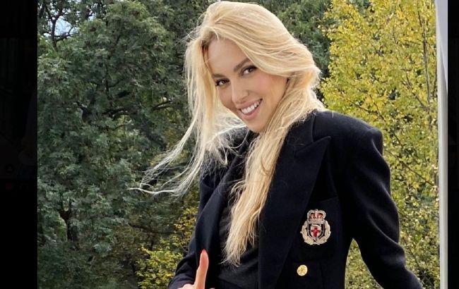 """Оля Полякова показала маму-красавицу и отчима: """"шикарно выглядит"""""""