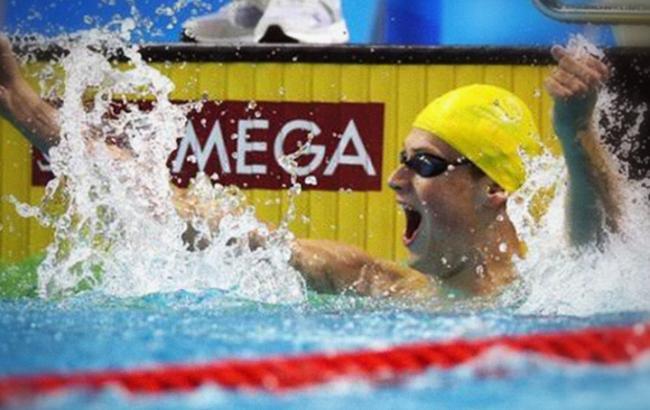 Петр Порошенко поздравил Ромаченко с победой на чемпионате мира по плаванию