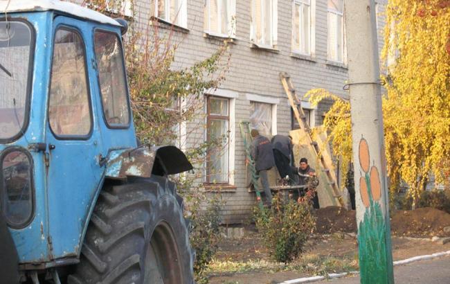 В результате взрывов в Сватово повреждены более 600 жилых домов